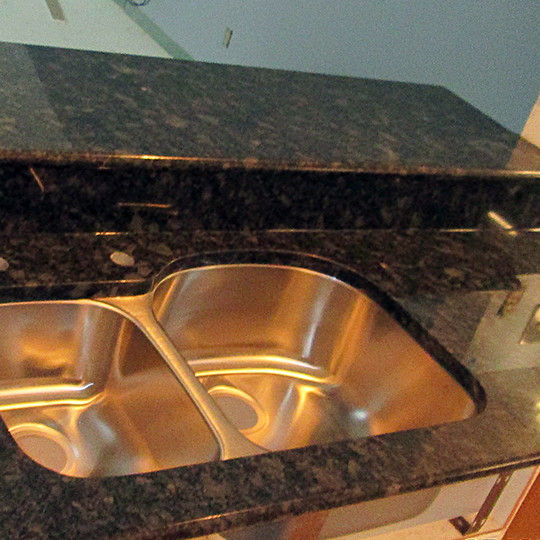 Granite Kitchen Countertop W/ Bullnose Edge
