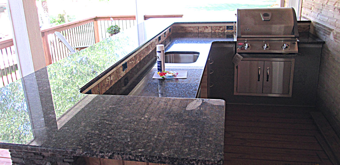 Polished Granite Brown/Black/Blue Outdoor Kitchen Countertop with 3/8u2033 Top and Bottom Radius & Granite Outdoor Kitchen Countertop W/ 3/8u2033 Radius Top/Bottom Edge ...